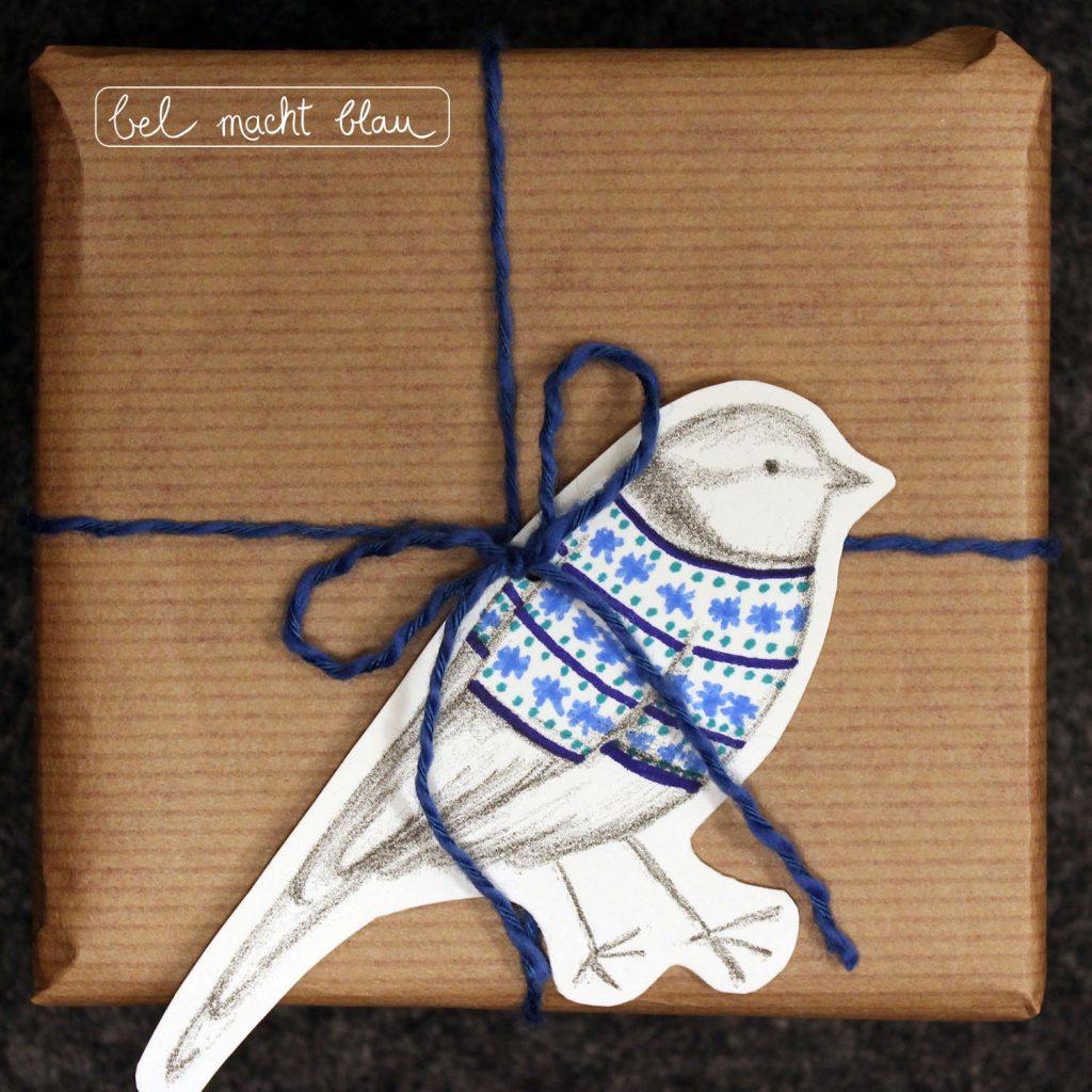 Wintervögel - Blaumeise als Geschenkanhänger