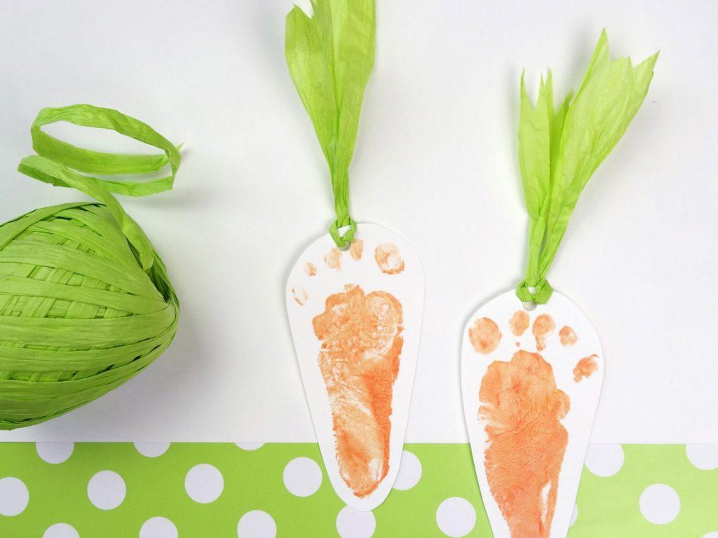 Baby-Fußabdruck: süße Karotten
