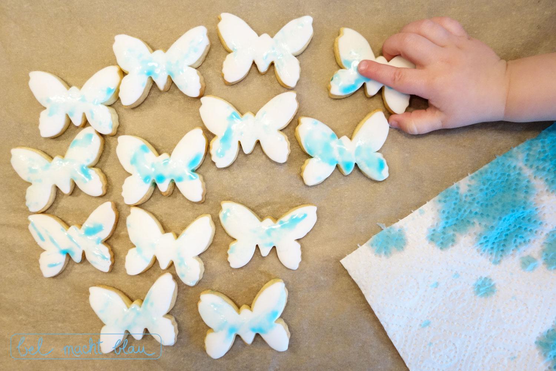 Bemalte Schmetterlingskekse // Kekse verzieren // Backen und Malen mit Kindern // DIY-Idee für Große und Kleine