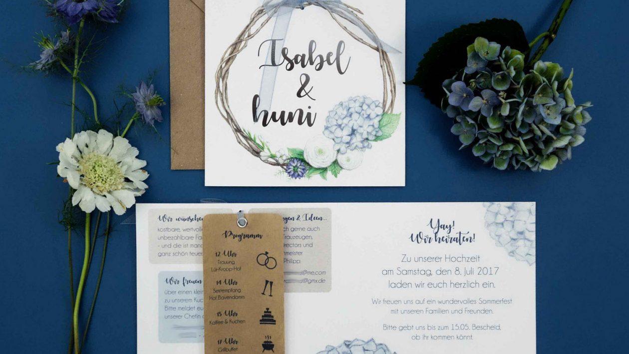 Hortensien-Hochzeitspapeterie für unsere Familienhochzeit im Sommer (Illustrationen von Isabel Dehmel/belmachtblau.de)