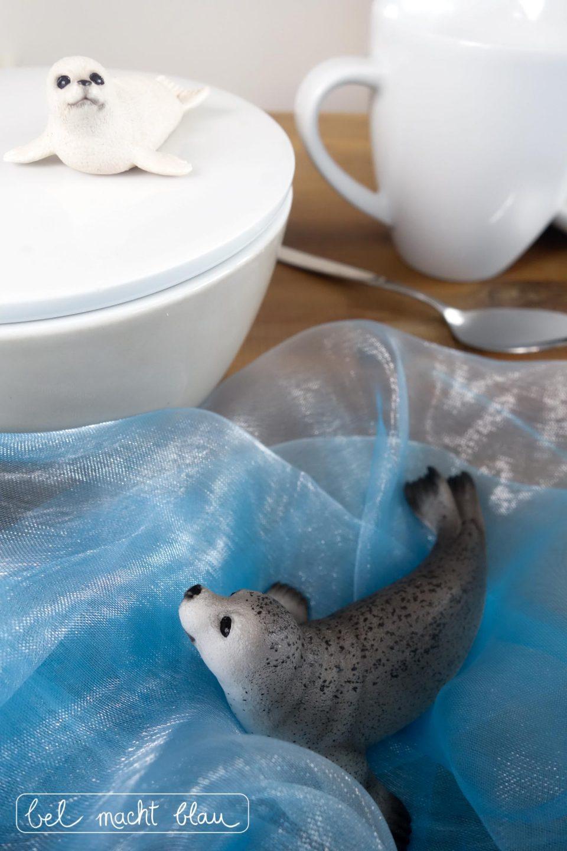 Eisbären-Geburtstag: Deko mit Schleichtieren