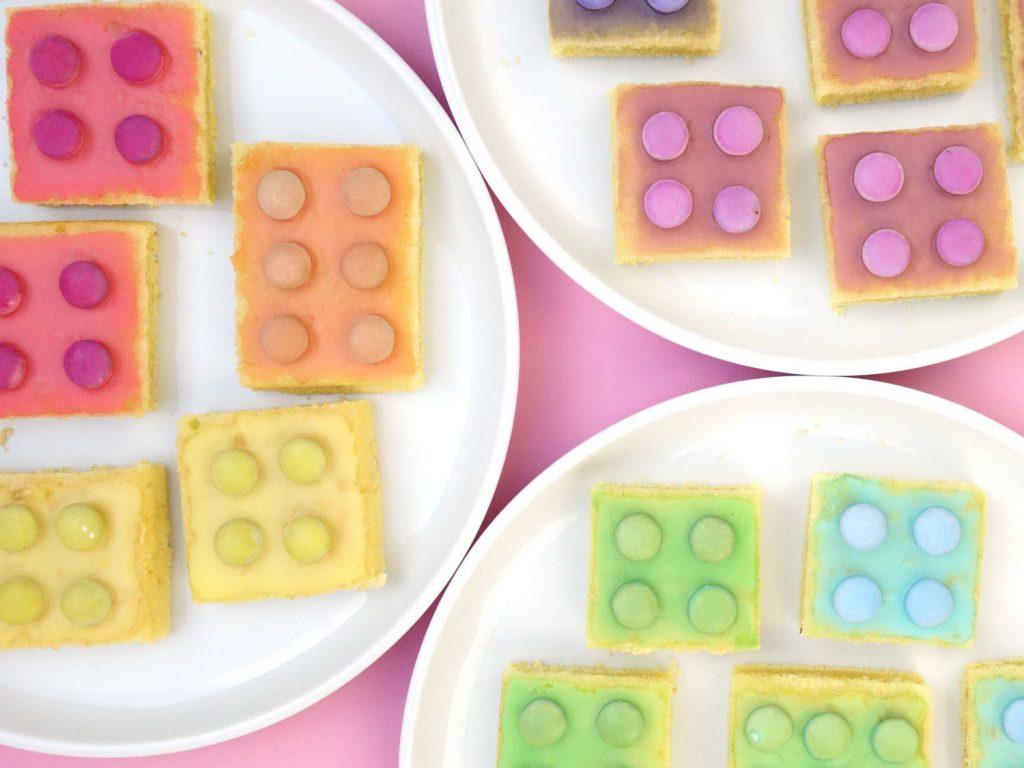 Bunter LEGO Kuchen mit Smarties - Ideen für einen Lego duplo Kindergeburtstag